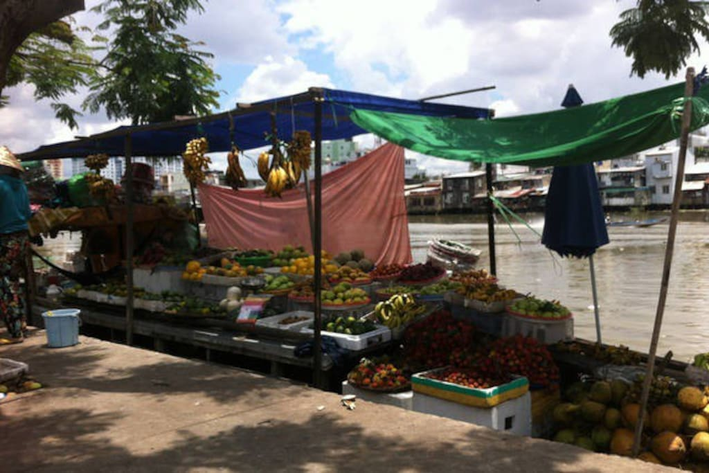 Near my home with boathouses selling fruits