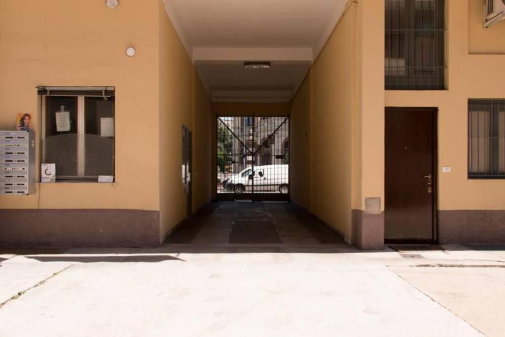 Appartamento zona bocconi appartamenti in affitto a for Appartamenti in affitto milano