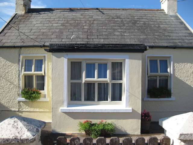 Hillside Cottage, Ballycotton