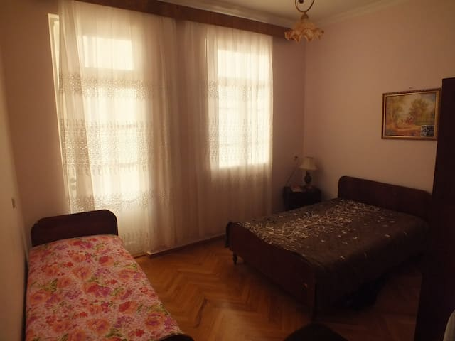 Guest House Lazuri - Sarpi - Penzion (B&B)