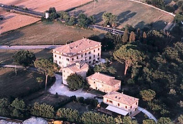 Senigallia Locanda della Cavalleria - Senigallia - Località Brugnetto di Trecastelli(An) - Villa