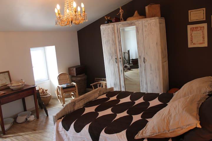 Chambre d'hôtes en B&B - Beurlay - Bed & Breakfast