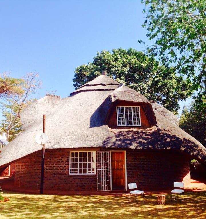 Shumba's Den Guest House