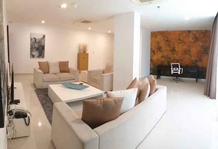 3 Bed Private Apartment - Platinum One, Colombo 3
