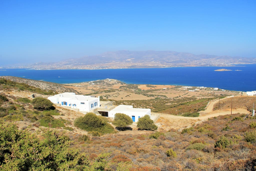 Plakakia house, nestled into the Antiparos hills with seascapes and landscapes abound...