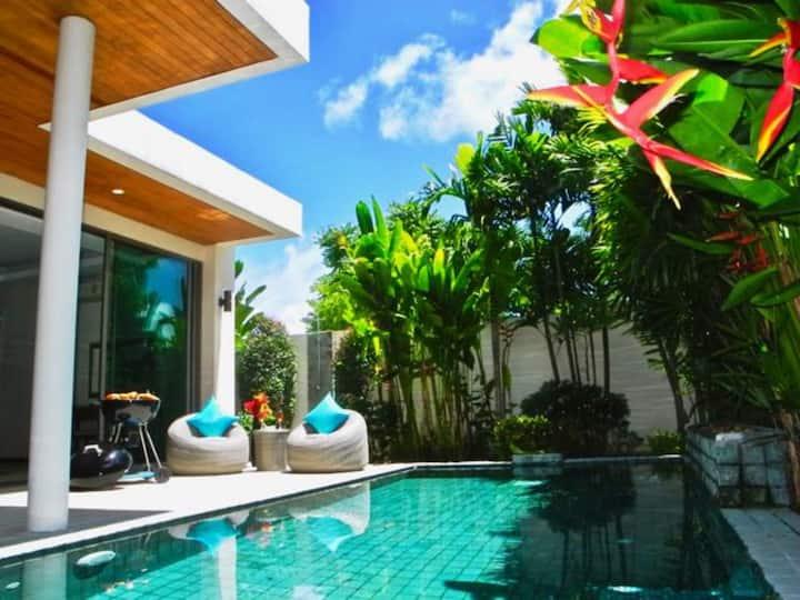 Rawai Beach Private Pool Villa