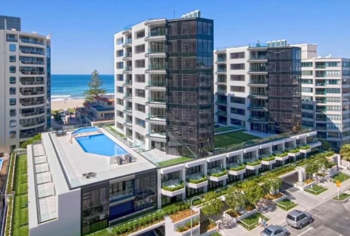Stunning apartment at the Heart of Mount & beach!