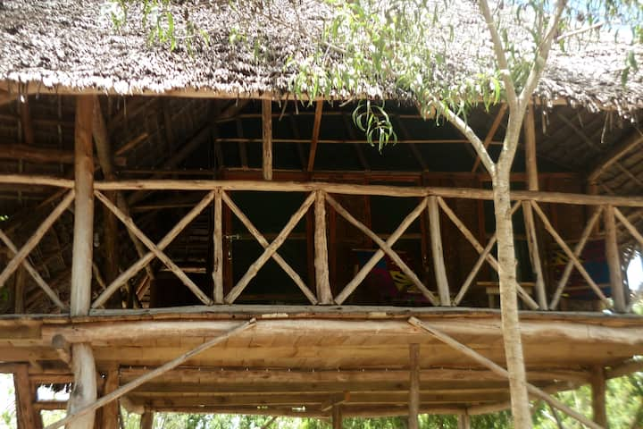 Eco-African farm local treehouse