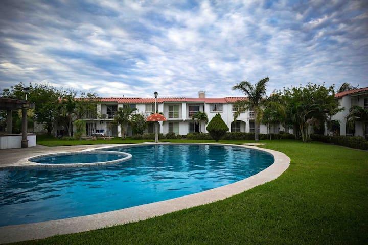 Casa cómoda, bonita con alberca en Veracruz norte