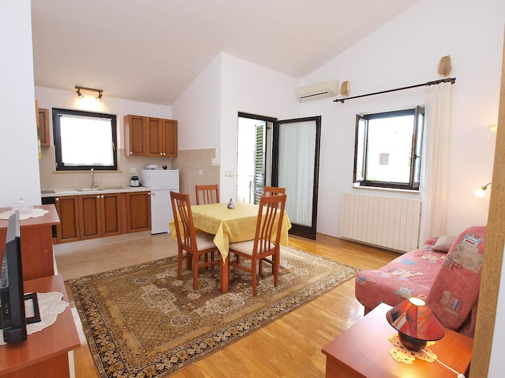 """""""590"""" Apartment for 4 people"""