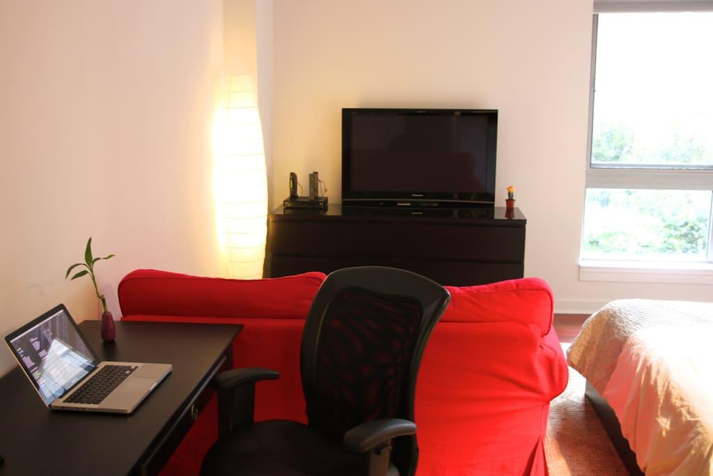 Penn Quarter Studio Apartment
