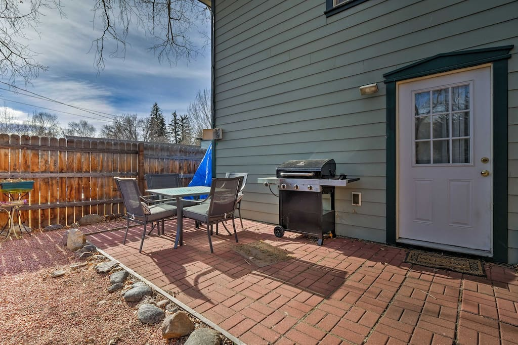 After you explore town, hang out in the private backyard with a gas grill.