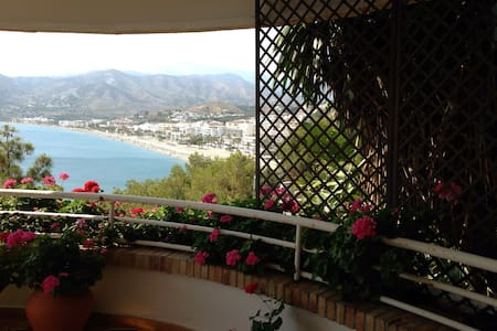 Stunning views, La Herradura - Selveierleilighet
