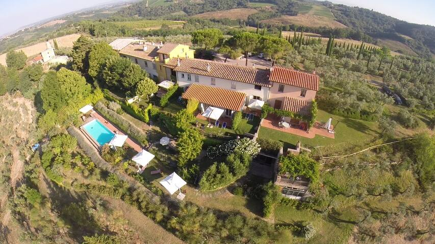 Big apartment in Tuscany 12 people! - Montespertoli - Apartament