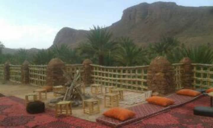Bivouac des aigles, oasis de Fint, Ouarzazate