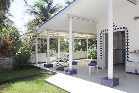 Lovely independent bungalow near the sea