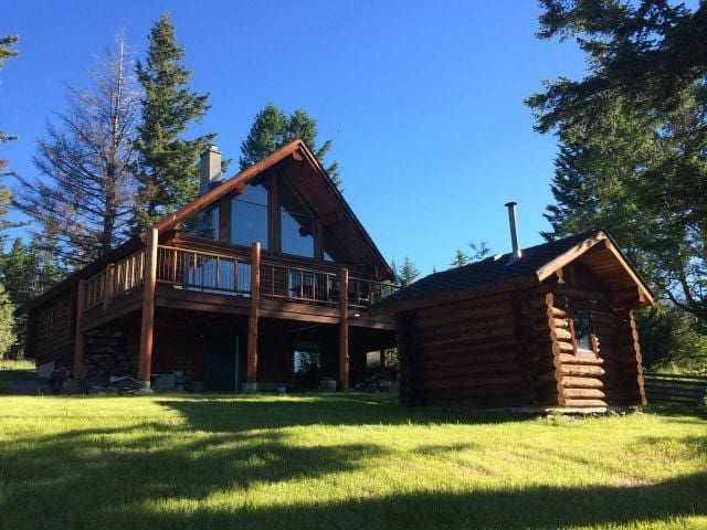 Lakeside Log Home at Glimpse Lake B.C. Merritt
