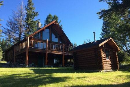 Lakeside Log Home at Glimpse Lake B.C. Merritt