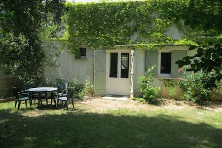 A quiete place in the country - Saint-Jean-de-Cornies