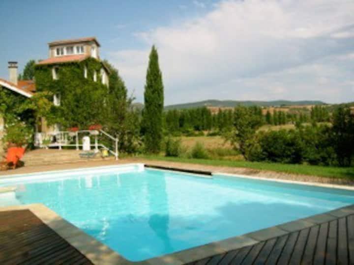 Gîte 4* dans moulin à eau à Montlaur Aveyron
