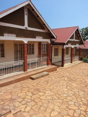 Kasirye Holiday Homes UNIT 1
