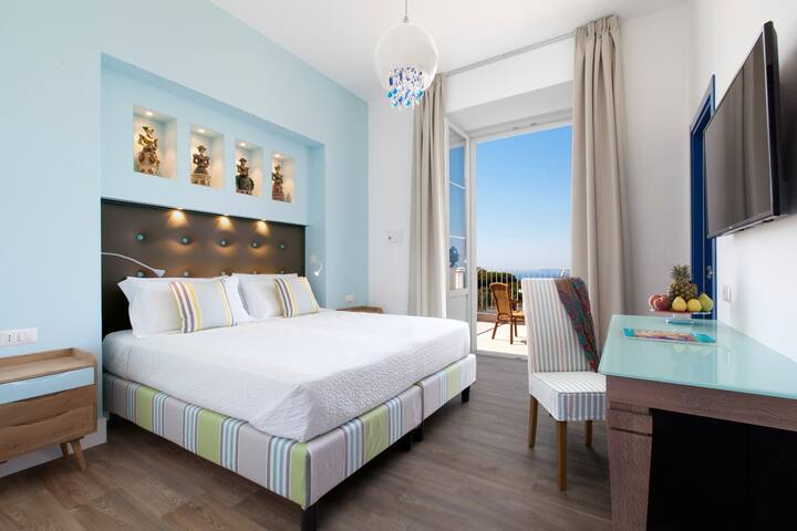 DOUBLE ROOM WITH LARGE SEA VIEW TERRACE