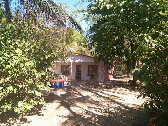 Casa a 5 minutos de las mejores playas Guanacaste