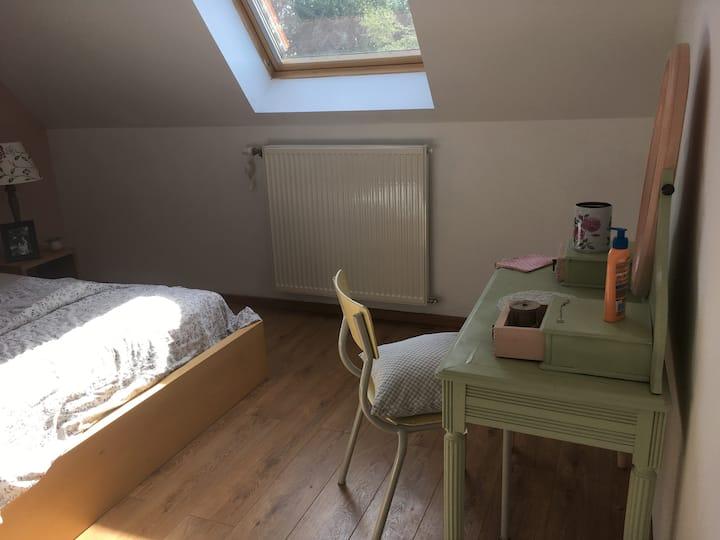 Chambres dans une belle maison au calme