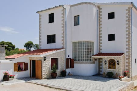 2 Bedrooms Apts in Brodarica #10 - Brodarica