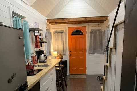 Tiny House in Euclid Beach Mobile Home Community