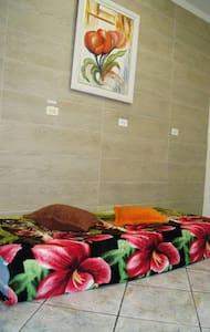Tomorrowland Brasil room for 3 - Itu