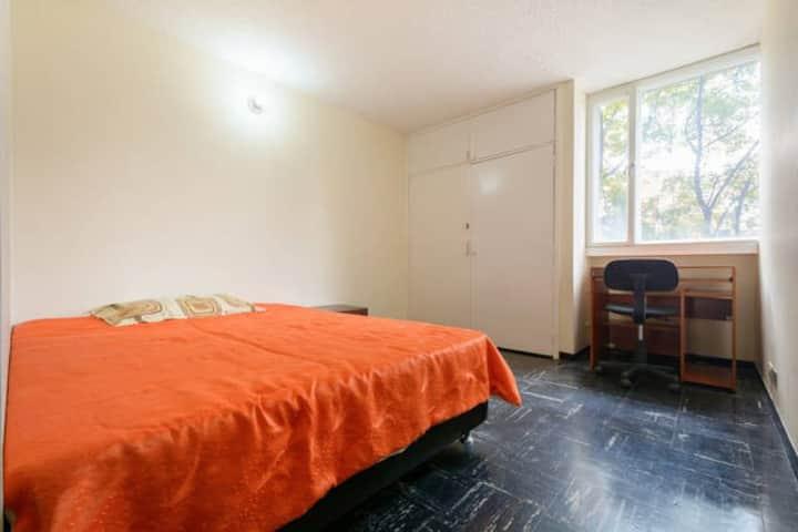 La casa del ritmo habitación cama doble