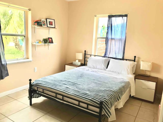 ✰Private BR ♥South Miami CityCentre♥Close to UM✰