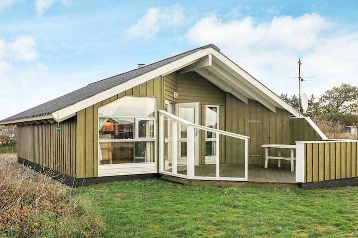 Wooden Holiday Home in Jutland with sauna and terrace