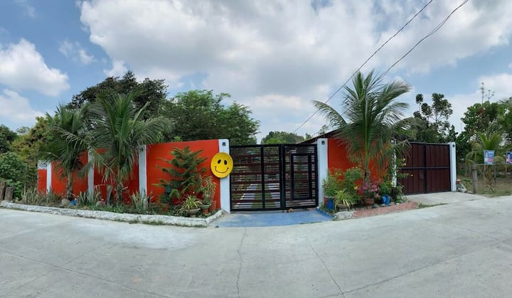 BEST VALUE.The Bamboo Orange Guesthouse