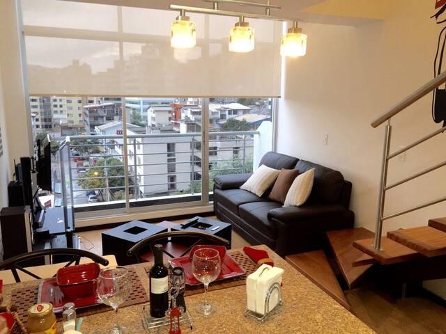 Charming luxury Loft (Foch sector) - Quito - Vindsvåning