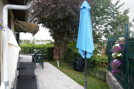chambre - kitchenette - RDC -baie somme 40 km