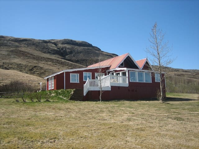 Vörðufell    Villa at Golden Circle - Bláskógabyggð - 獨棟