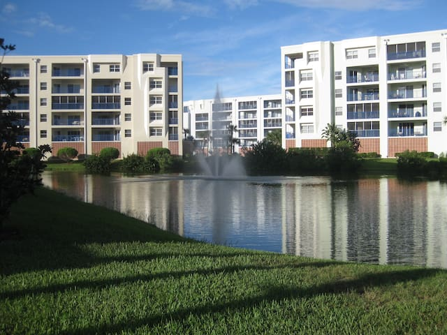BEACHWALK FAMILY CONDO - New Smyrna Beach - Kondominium