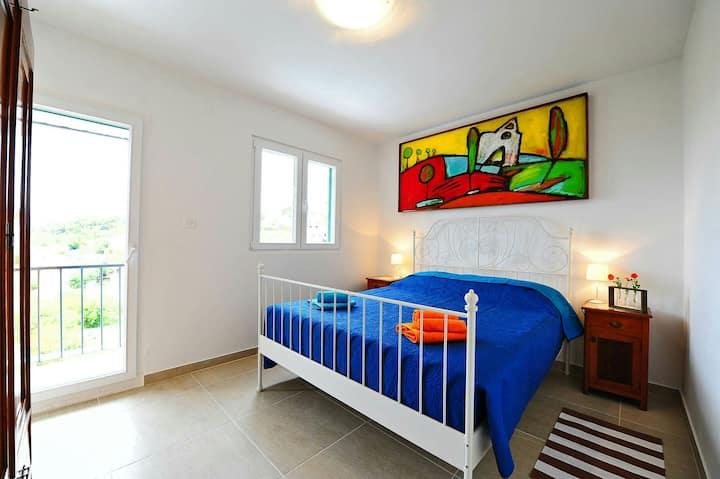 Šolta, Apartment Špiro