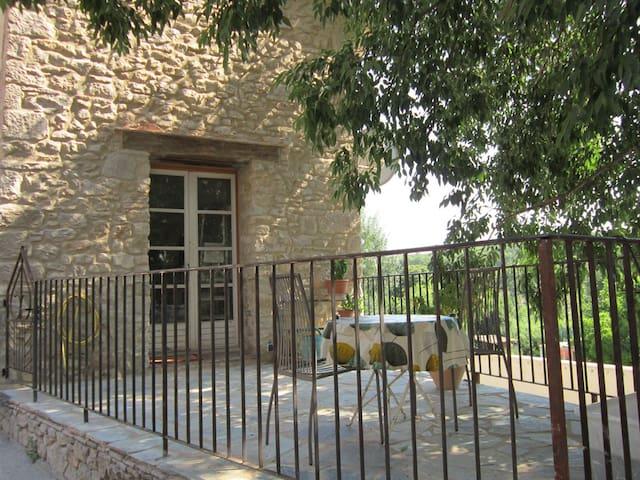 Maison de village 3 pièces - Fouzilhon - Huis