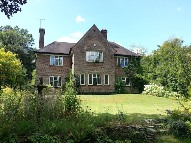 Forest Retreat, Private Indoor Pool - Upper Lydbrook - House
