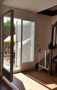 Maison de ville 3 chambres ,jardin - Guyancourt - Dom