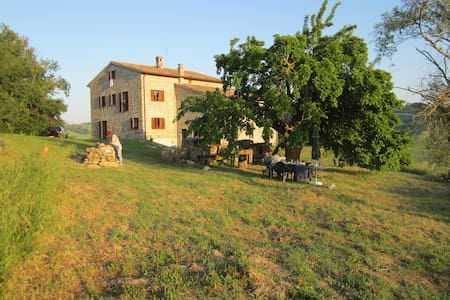 B&B in Italian Countryside Paradise - Peglio