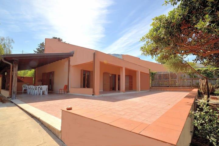 Baialuce's villa