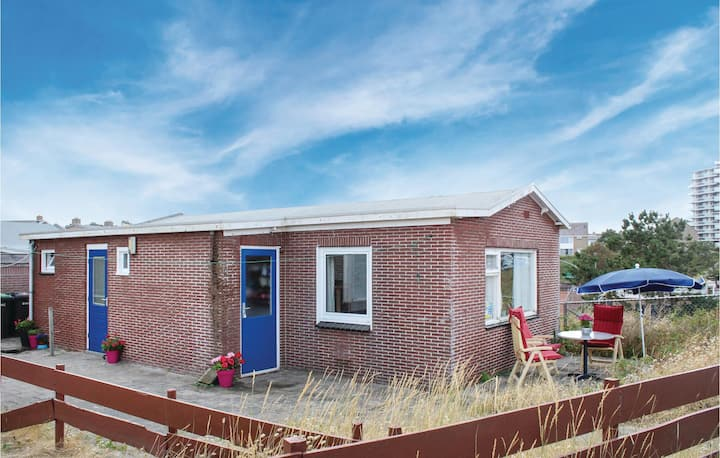 Holiday cottage with 2 bedrooms on 60m² in Egmond aan zee
