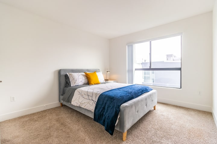 Modern 2Bedroom  in DTLA,  Perfect for 4 guests!
