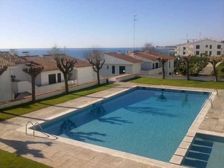 Apartamento en Sitges con picina y parquing