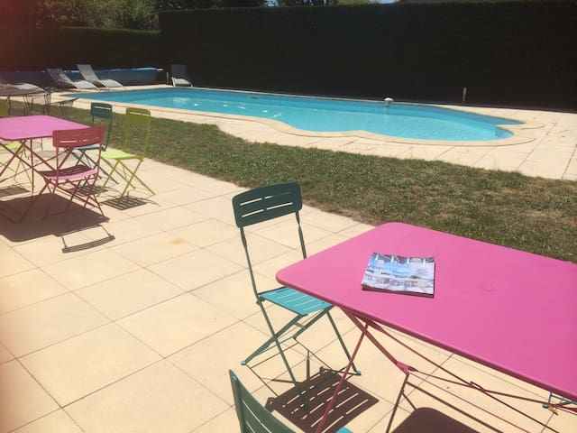 big house and big swimming pool - Chalon-sur-Saône - Σπίτι