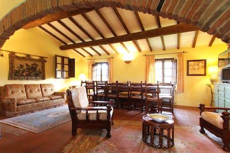 casolare di altri tempi 1600 - Badia - Villa